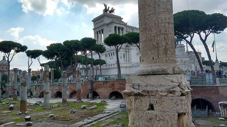 photo of trajan's column in rome