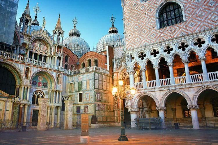 saint mark's square venice