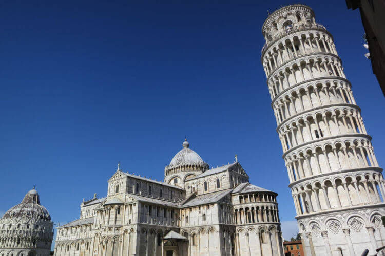 pisa tower photo