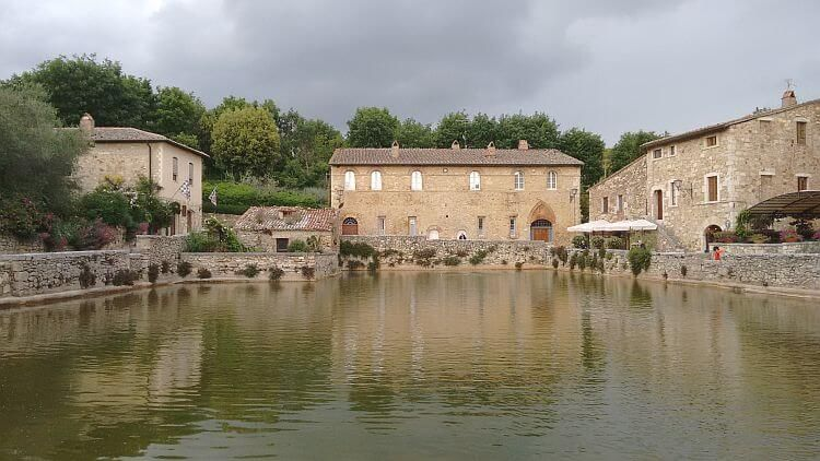 bagno vignoni photo