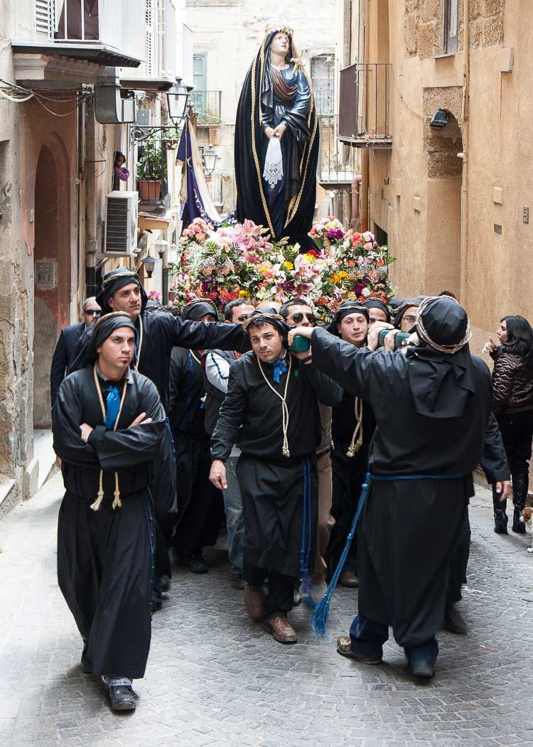 sicily good friday procession