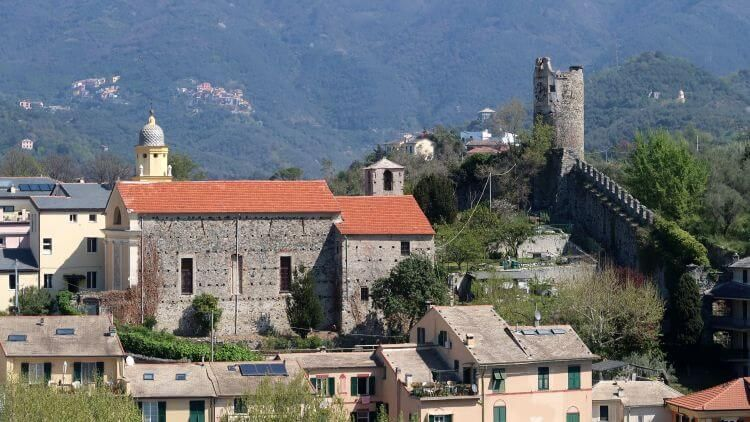 levanto castle photo