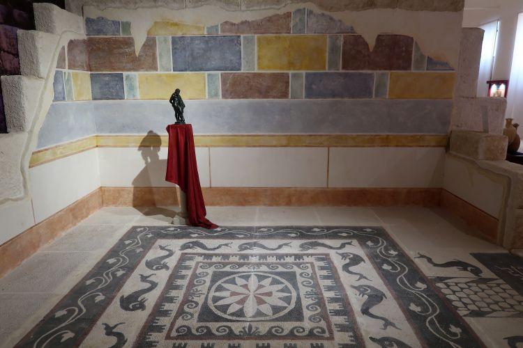 roman mosaic sulmona
