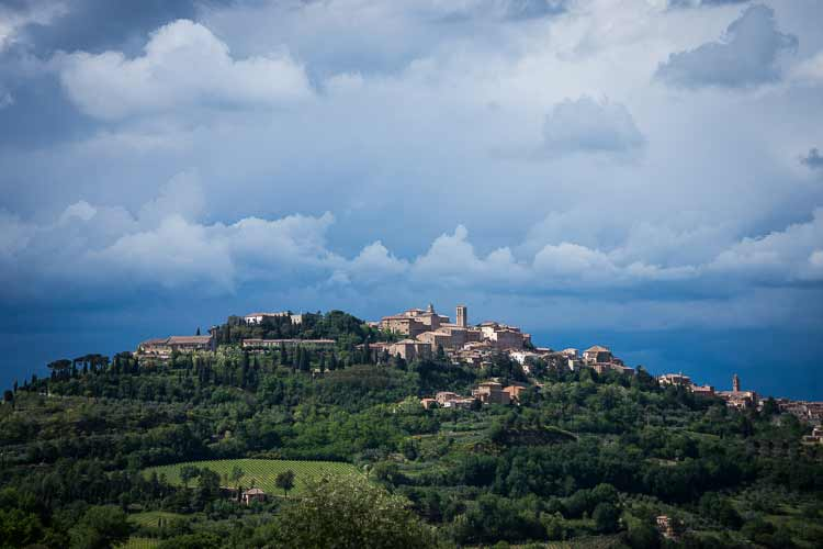 montepulciano photo