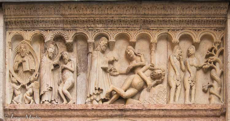 modena cathedral carvings