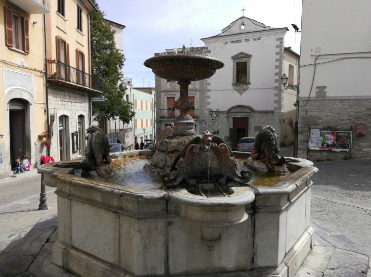 agnone piazza and fountain