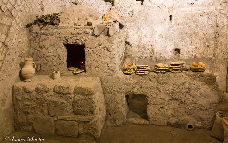 naples underground roman oven