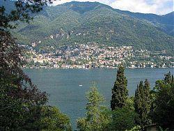 lake como photo