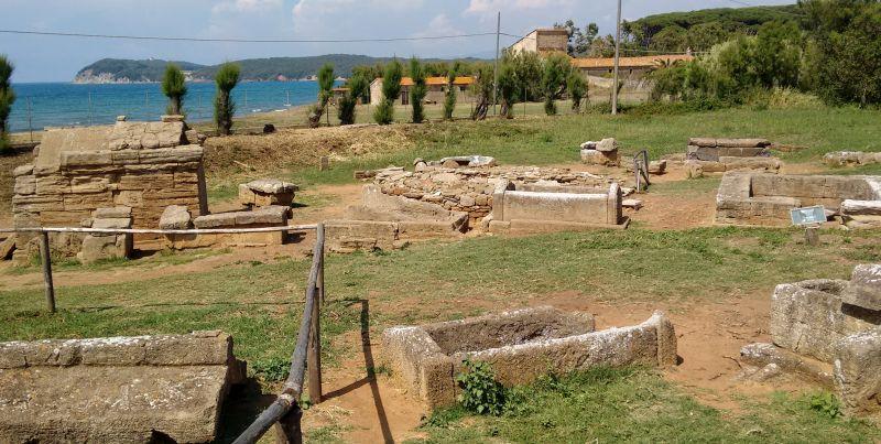 Populonia Etruscan necropolis