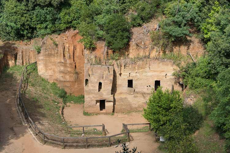 etruscan quarry